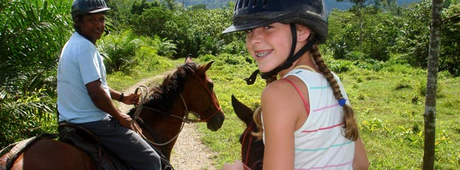 Costa Rica Tours and Travel: Horseback Riding in Costa Rica Jungles